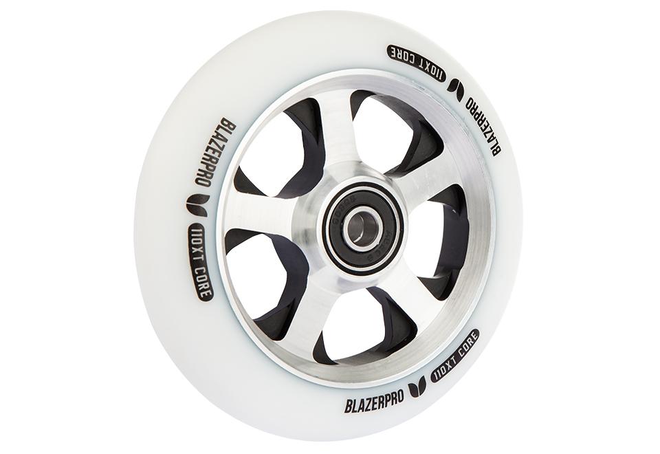 product-wheels-xtcore-whitesilverblack