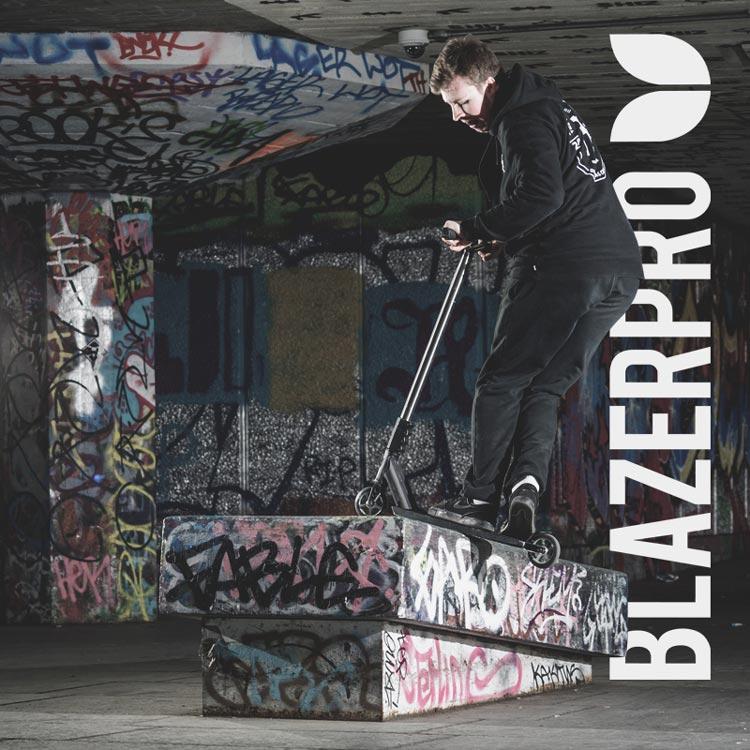 Blazer-Pro-LDN-2016-Insta-1
